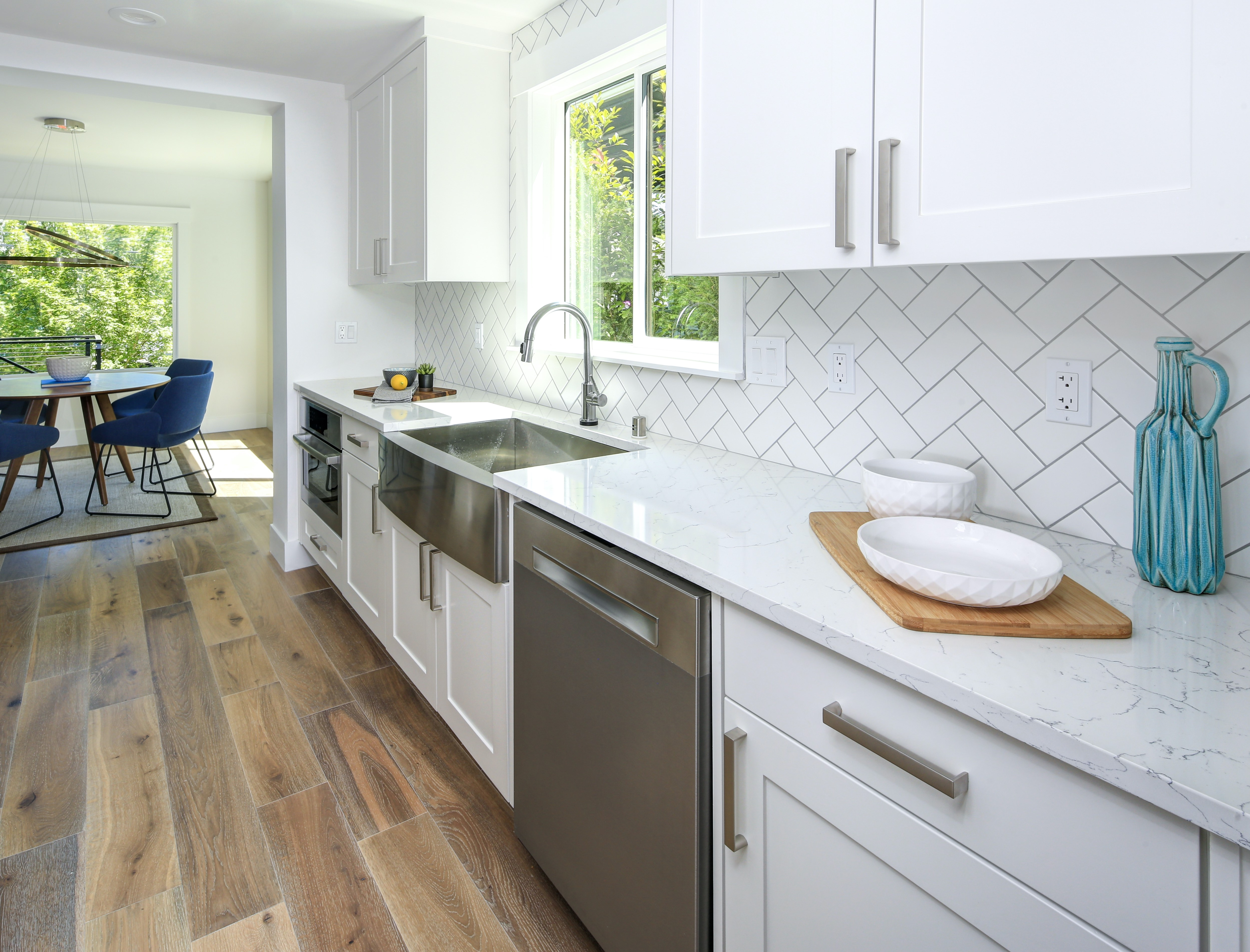 Top 4 Ways to Spruce Up Your Kitchen Cabinet Refacing ...